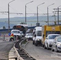 Ремонтът на Аспарухов мост във Варна ще продължи до 23 октомври