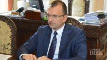 Областният управител на Бургас: Паднал е в пъти повече дъжд, язовирите се следят
