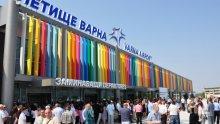 СИЛЕН ВЯТЪР! Летището във Варна работи, пристанището е затворено за маневри