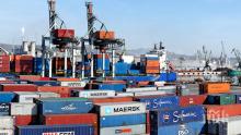 Бурният вятър затвори пристанищата в Бургас и Варна