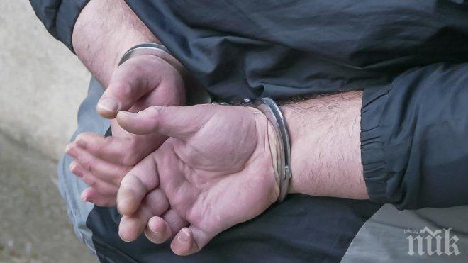 Оставиха в ареста рецидивист, блудствал с 12-годишно момиче