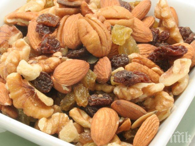 """Тези пет храни понижават """"лошия"""" холестерол"""