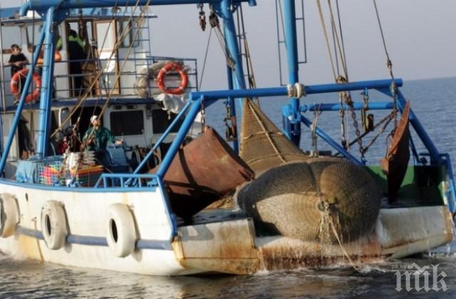 ДЪЖД ОТ ПАРИ! 3 млн. лева за бургаските рибари