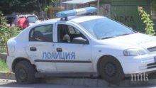 """Екшън! Автомобил """"Фолксваген"""" отнесе полицейска патрулка на пътя между Враца и Криводол (СНИМКИ)"""