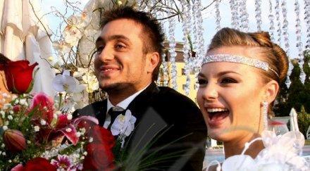 МЪЖ НА ТЪЩА СИ! Коцето се оженил за Надя след ултиматум от майка й