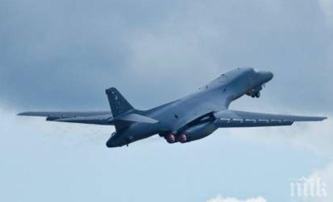 """САЩ с успешни тестове на нови ракети за изтребителите B-1B """"Лансър"""""""