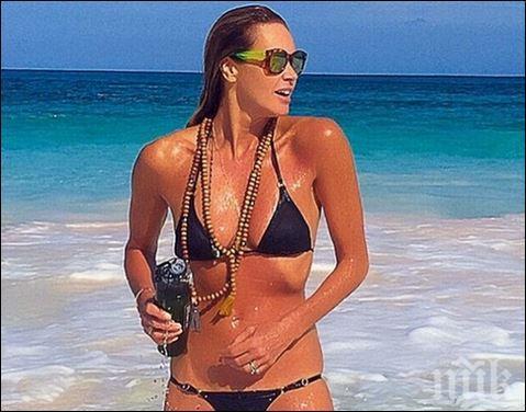 На 53: Ел Макферсън показа идеална фигура на плажа (СНИМКИ)