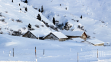 13 000 души блокирани в швейцарски зимен курорт