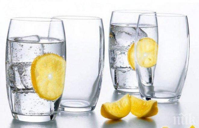 ЧУДО! 8 чаши вода връщат младостта