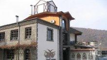 МЕГА СДЕЛКА! Продадоха избата на Тодор Живков в Първенец за 3,5 млн. лева
