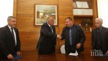 СКАНДАЛНО! Правителството се разграничи от вицепремиера си Симеонов и защити джендъра Ска Келер!