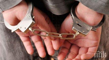 Масови арести в Иран за търговия с долари