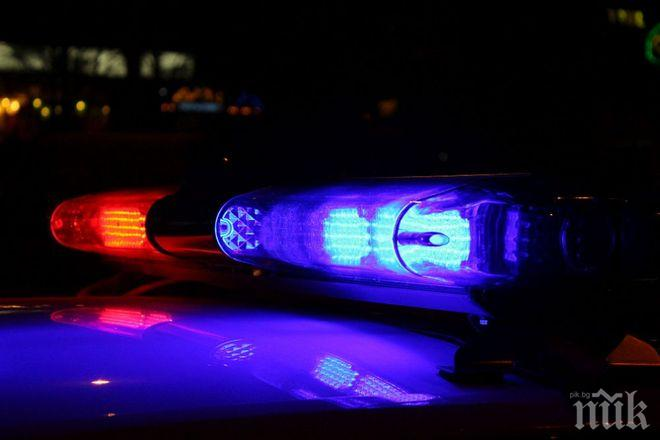 ЕКШЪН КРАЙ СОФИЯ! Мъж побесня, плаши полицаи с убийство - хванали го да краде ток