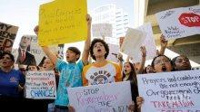 Протест във Флорида с искане за промени в законите за оръжията