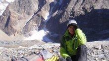 Неверотната история на българка, получила предложение за брак на Еверест