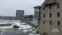 Властите в канадската провинция Онтарио започнаха частична евакуация на населението заради преливане на водоеми