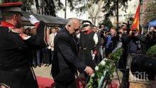ГОРЕЩА ТЕМА! Скопските медии гърмят: Борисов със смела държавническа постъпка - почете жертвите на Холокоста като Вили Бранд