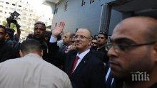 АТЕНТАТ! Хвърлиха три бомби по кортежа на палестинския премиер