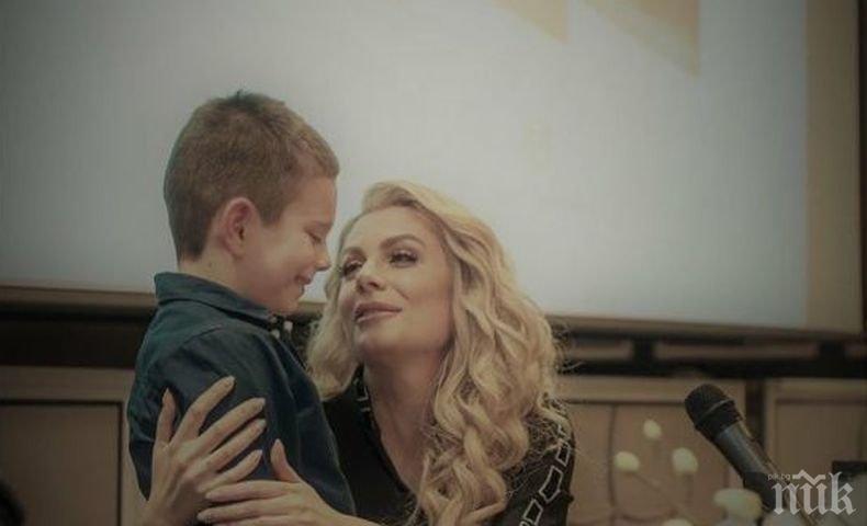 Венета Райкова отсече: Ако искаш идеалния мъж, роди си го!