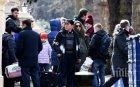 Прокудените руски дипломати напуснаха посолството в Лондон - тръгват си общо 80 руснаци