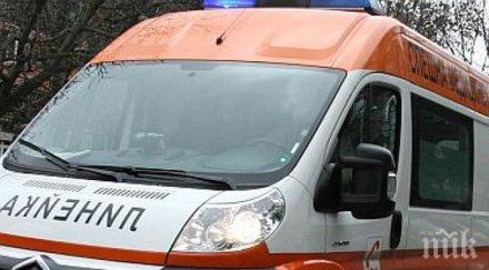 ШОК! Автобус прегази възрастна жена на спирка във Варна