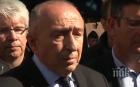 ИЗВЪНРЕДНО В ПИК! Вътрешният министър на Франция с последни новини за терористичната драма