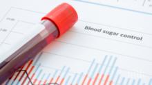 Специалисти от ВМА измерват безплатно кръвна захар