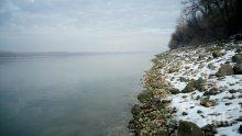 ЗЛОВЕЩО! Тяло на мъж изплува от Дунав