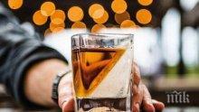 Евростат: Всеки трети млад българин пие уиски