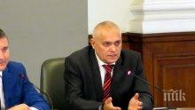 Валентин Радев: Няма опасност за простреляния днес полицай