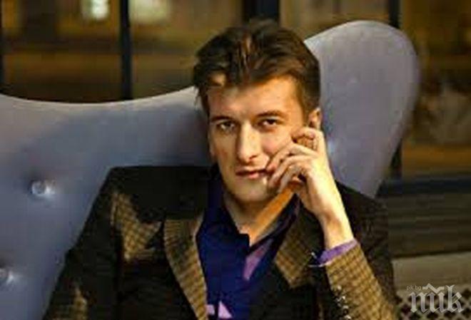 Местериозна смърт! Руски журналист почина след падане от балкон
