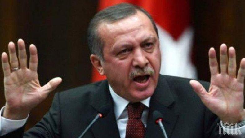 Ердоган за западните сили: Акули, надушили кръв