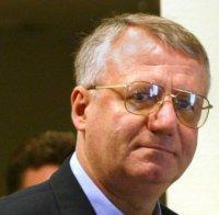 Шешел учуди американския посланик в Сърбия