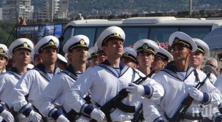 невиждан наплив моряци бургас трима борят