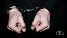 ИЗВЪНРЕДНО! Задържаха двама полицаи за изнудване