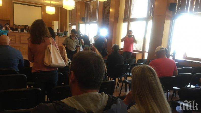 Разпитаха над 20 свидетели по делото за атентата в Сарафово