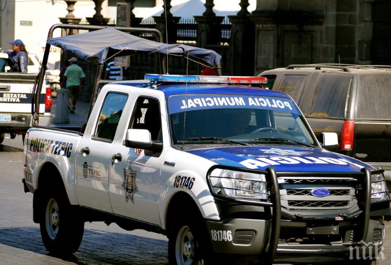 Неизвестни разстреляха радиоводещ в Мексико
