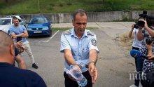 ОТ ПОСЛЕДНИТЕ МИНУТИ! Арестуваният шефа на КАТ-Благоевград влезе инкогнито в съда през тайни коридори