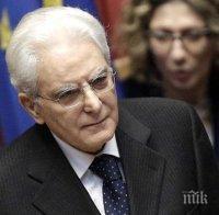Искат отстраняването на президента на Италия Серджо Матарела