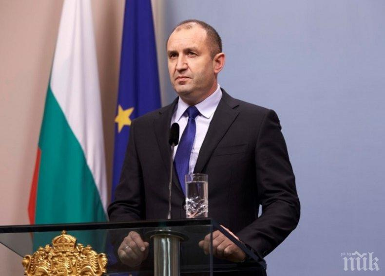 Президентът Радев за Светлин Русев: Днес ни напусна творец със стил, общественик с позиция, човек с достойнство