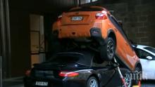 """ЗРЕЛИЩНИ КАДРИ: Пиколо паркира """"Порше"""" под друг автомобил (ВИДЕО)"""