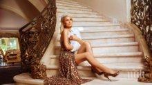 Парис Хилтън превръща сватбата си в модно ревю