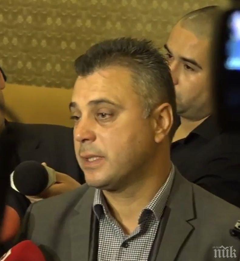 ПЪРВО В ПИК TV! ВМРО скочи на Марешки за исканата оставка на Каракачанов: Да не се занимава с неща, които не разбира!
