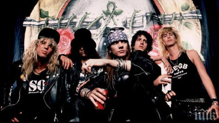 "РЕКОРД! ""Guns N'Roses"" лапнаха 5 млн. лири хонорар"