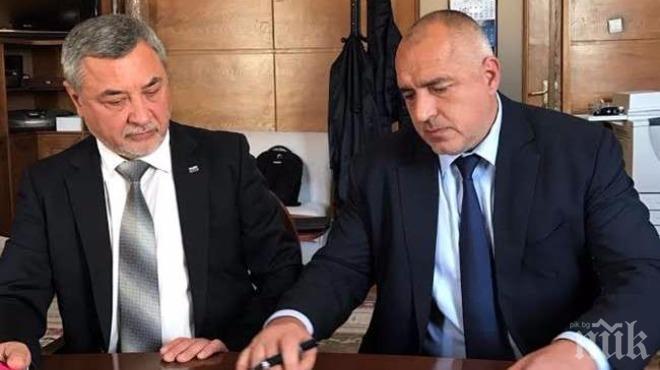 САМО В ПИК! Вицепремиерът Валери Симеонов с горещо разкритие – ето какво ще каже насаме на Борисов