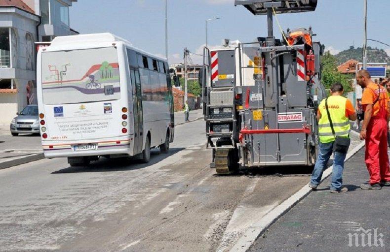 Рокада в Пловдив! Дама сменя Борислав Кръстев в транспорта