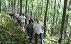 """ИНТРИГА: Подаръкът на Корнелия за ЧРД на президента изнервил Десислава Радева. """"Кога са се разхождали сами в гората?"""""""