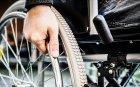 Отказват инвалидна количка на дете с церебрална парализа