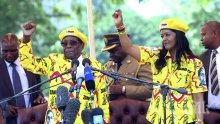 ШОК! Експлозия на предизборен митинг на президента на Зимбабве! Има загинали