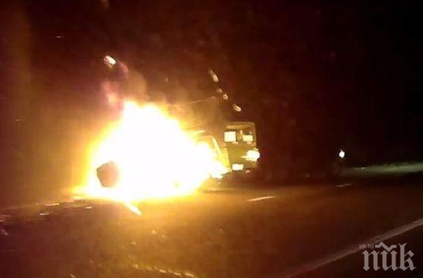 Камион избухна в пламъци в Свети Влас